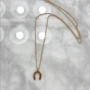 Jewelry - Horseshoe gold plated necklace